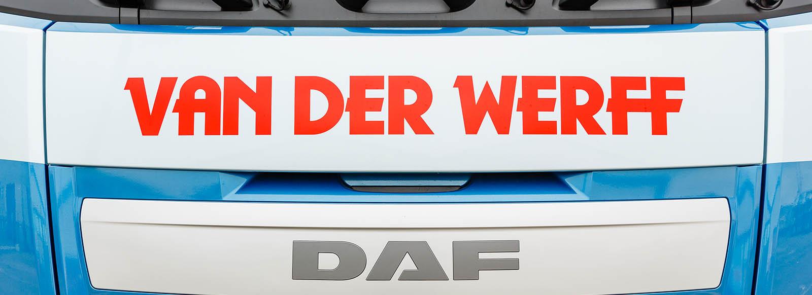 Voorkant met logo van DAF-cabine